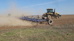 уборка урожая зерновых и картофеля