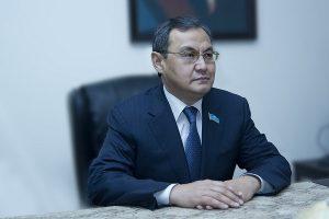 Ахылбек Куришбаев, ректор КазАТУ