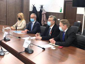 Министр Б.Султанов провел встречу с Филиппо Ломбарди президентом компании «KS Genetics Switzerland»