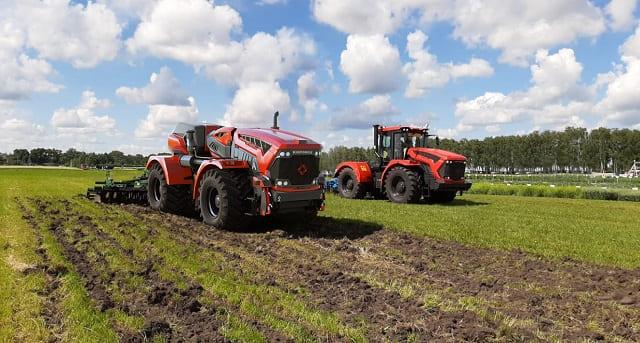 роботизированный трактор AgroBot