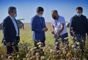 аким Повладарской области встретился с фермерами