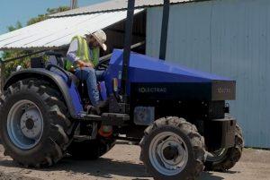 Электрический трактор Solectrac e70N